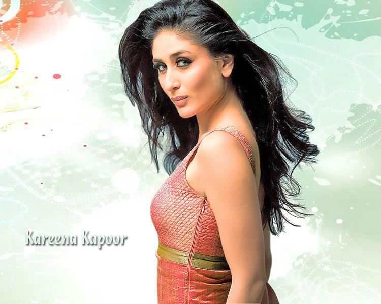 Kareena Kapoor Charming Wallpaper