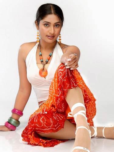 Navya Nair Romantic Look Photo Shoot