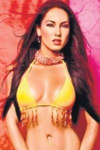 Barbara Mori Open Boob and Sexy Navel Show Wallpaper
