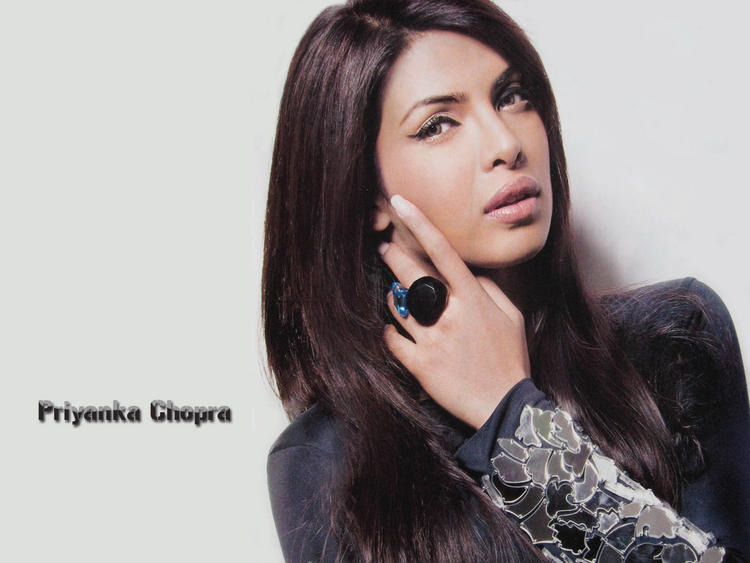 Priyanka Chopra Hot Sizzling Wallpaper