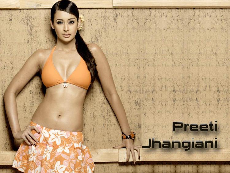 Most Beautiful Preeti Jhangiani Wallpaper