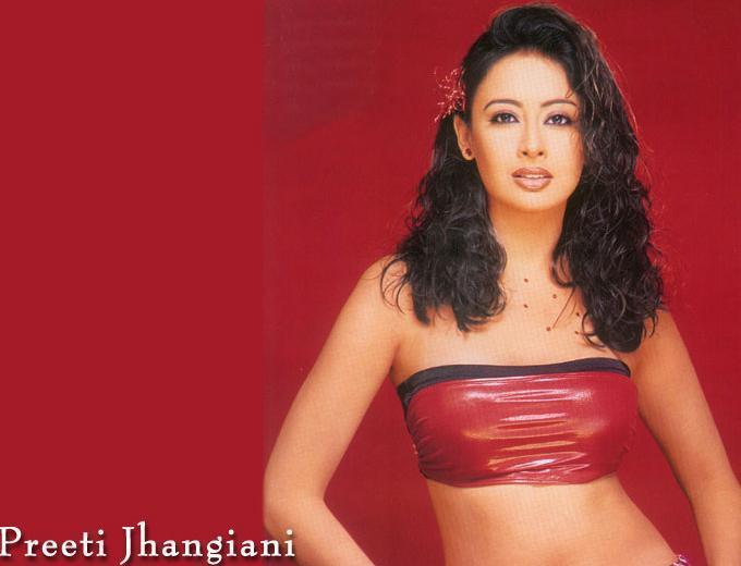 Preeti Jhangiani Curly Hair Sizzling Wallpaper