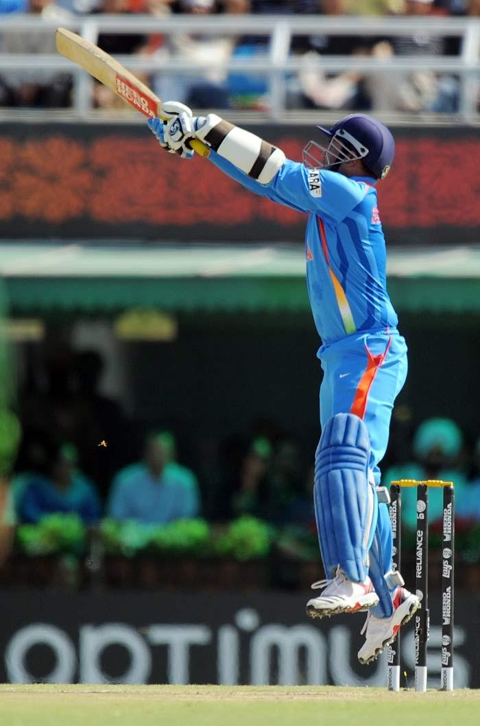 Virender Sehwag Jumping of Play of Balls in Semi Final India VS Pakistan Match