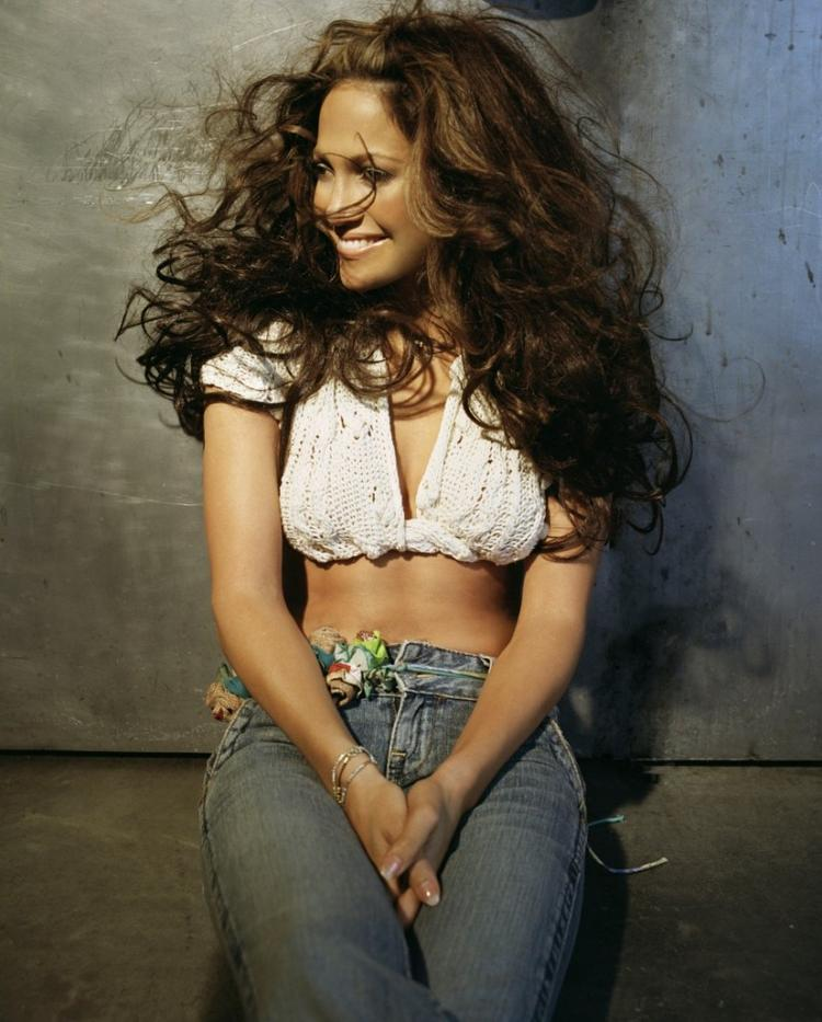 Jennifer Lopez Cute Photo With Tight Jeans
