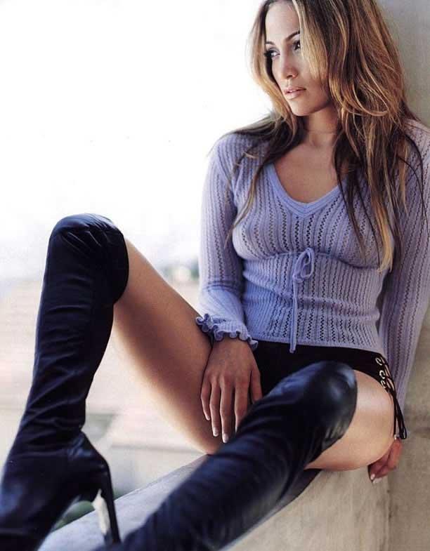 Jennifer Lopez Sexy Figure Show Photo Shoot