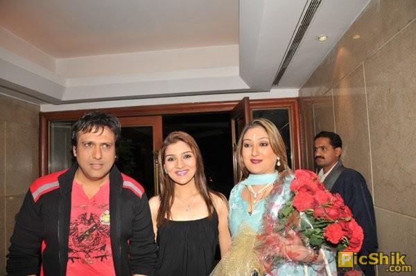 Govinda with Daughter Narmada and wife Sunita