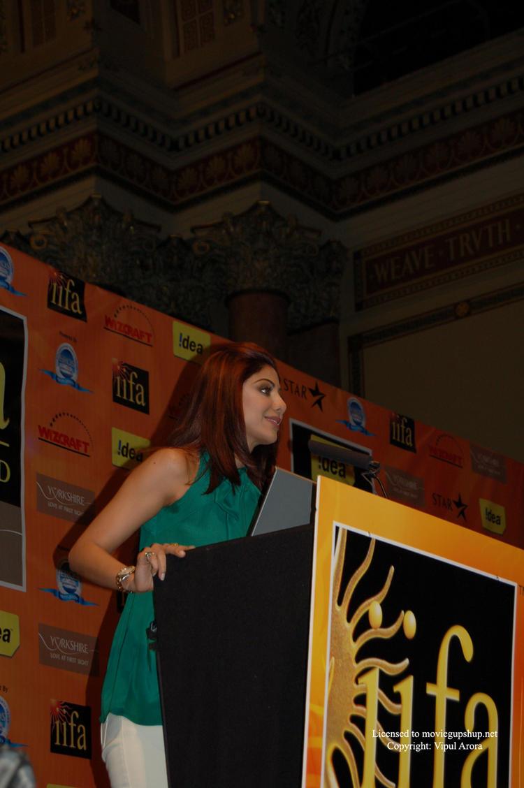 Shilpa Shetty speaking about Global Warming