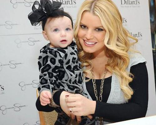 Jessica Simpson With Cute Baby