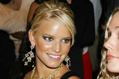 Jessica Simpson Looking Very Gorgeous