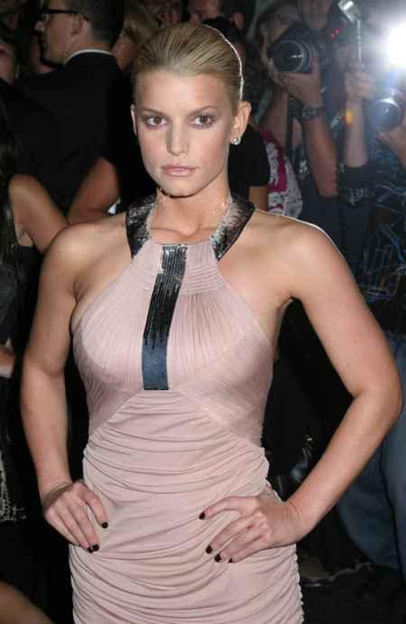 Jessica Simpson Hot Dressing Still