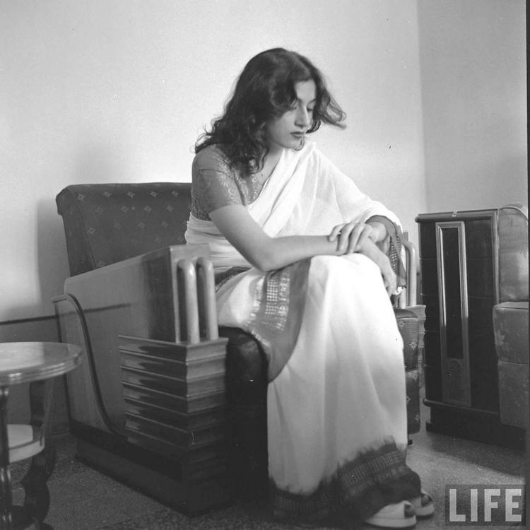 Rare Madhubala Photo - on sofa