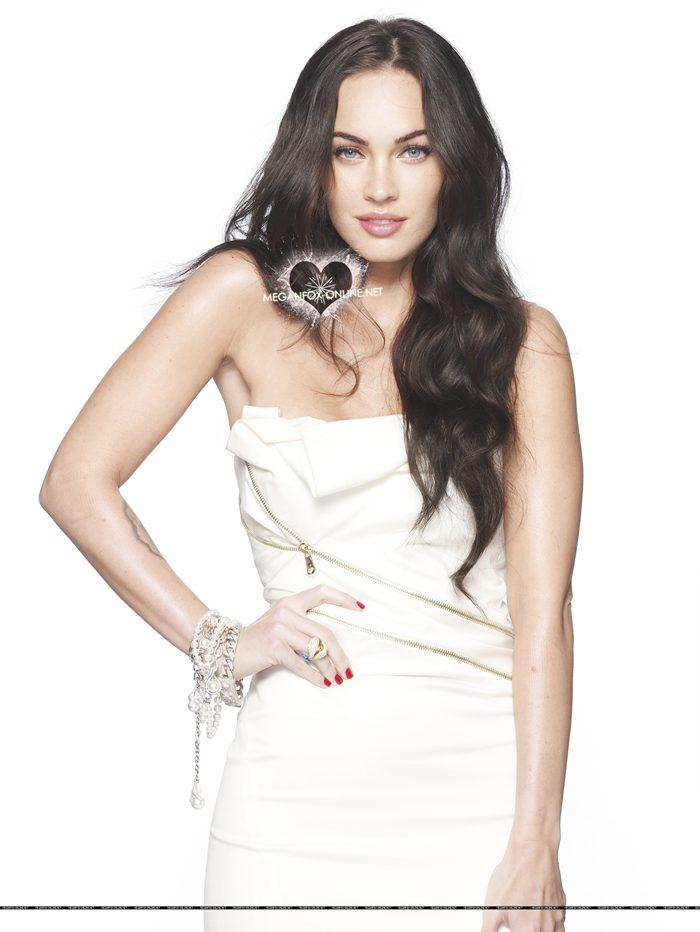 Megan Fox Elle Magazine Wallpaper