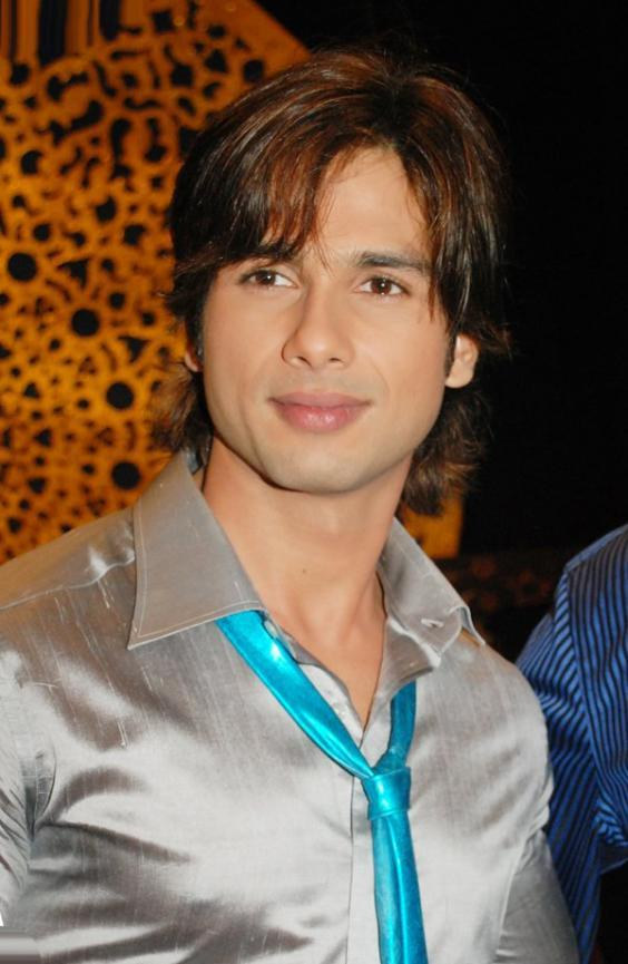 Shahid Kapoor Hair Style Gorgeous Pic
