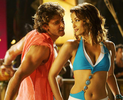 Hrithik Roshan and Aishwarya Rai Hot Dance Still