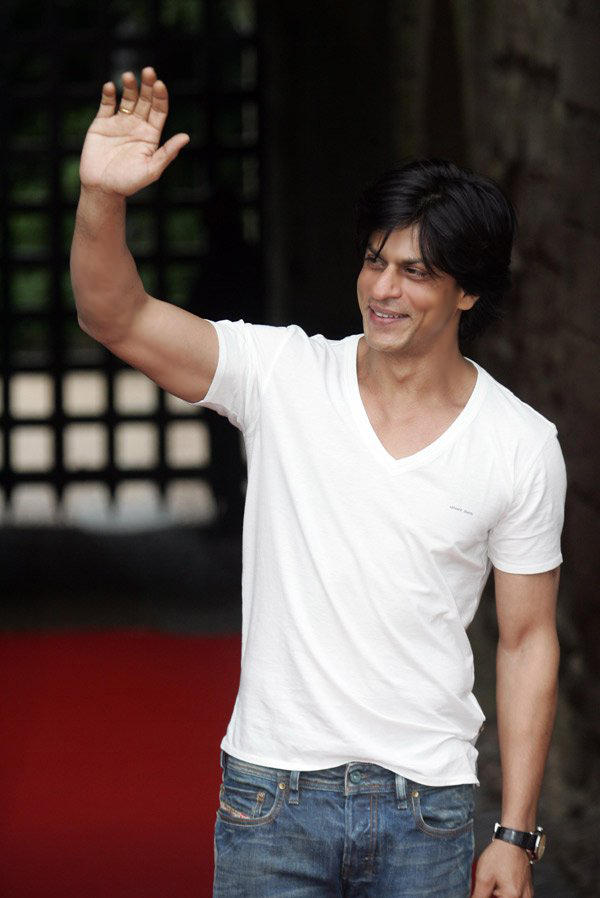 Shahrukh Khan Hot Dimple On Smile