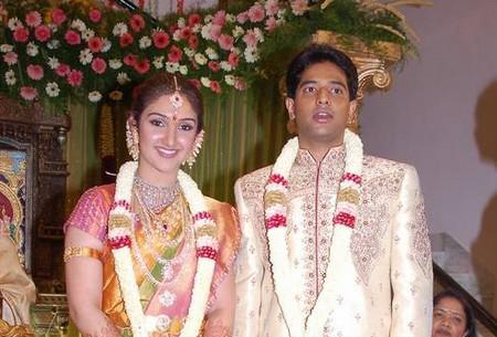Beautiful Couple Sridevi Vijayakumar and Rahul Pic