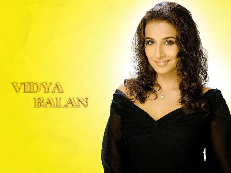 Vidya Balan Curly Hair Style Wallpaper