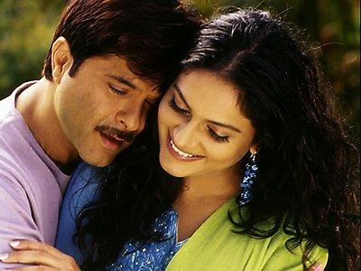 Anil Kapoor and Gracy Singh Romantic scenes pics