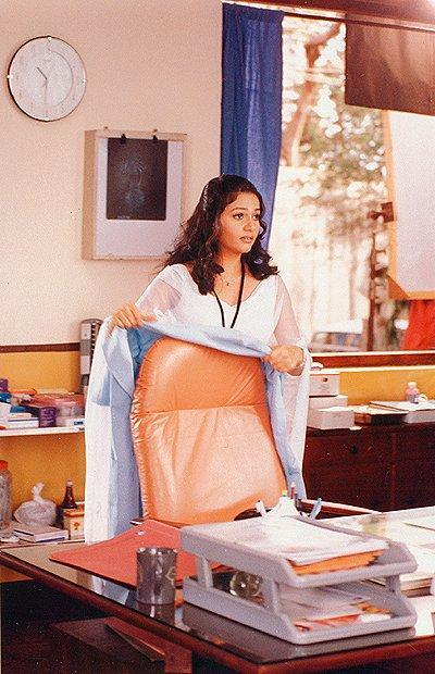 Gracy Singh in Muna Bhai MBBS