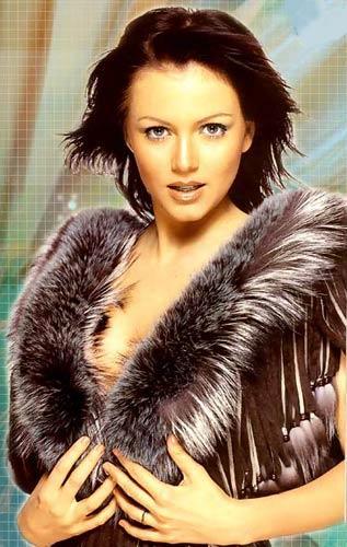 Hot Model Yana Gupta Wallpaper