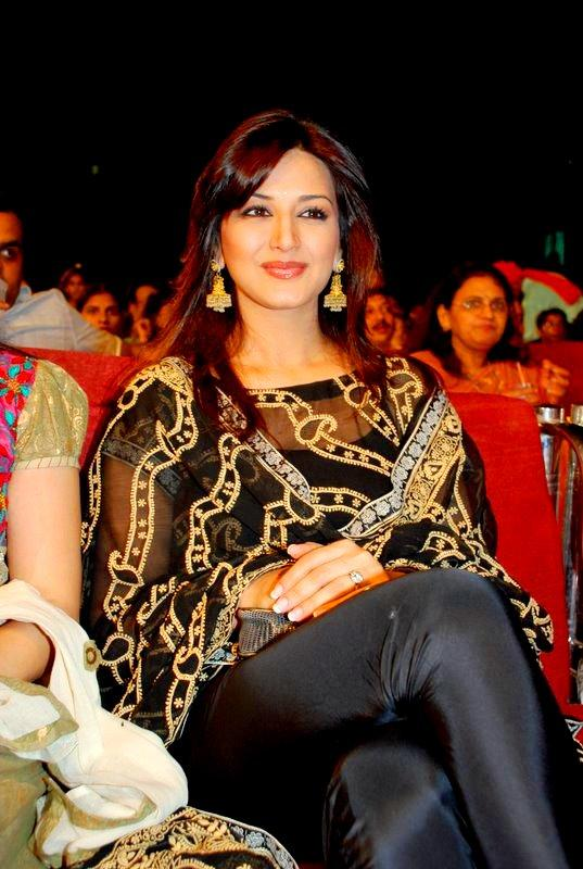 Sonali Bendre Looking Gorgeous