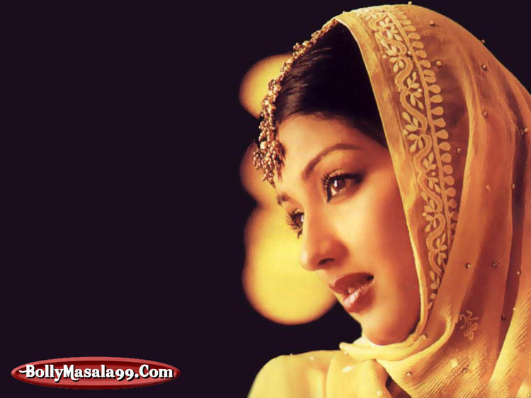 Sonali Bendre Indian Bridal Look Wallpaper
