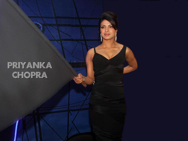 Priyanka Chopra Black Dress Gorgeous Wallpaper