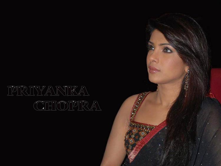 Priyanka Chopra Black Saree Glamour Wallpaper