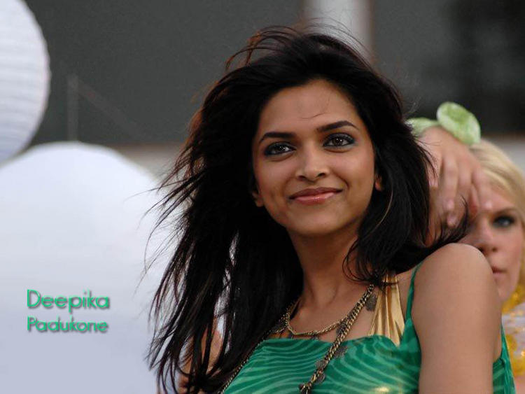 Deepika Padukone Beauty Smile Wallpaper