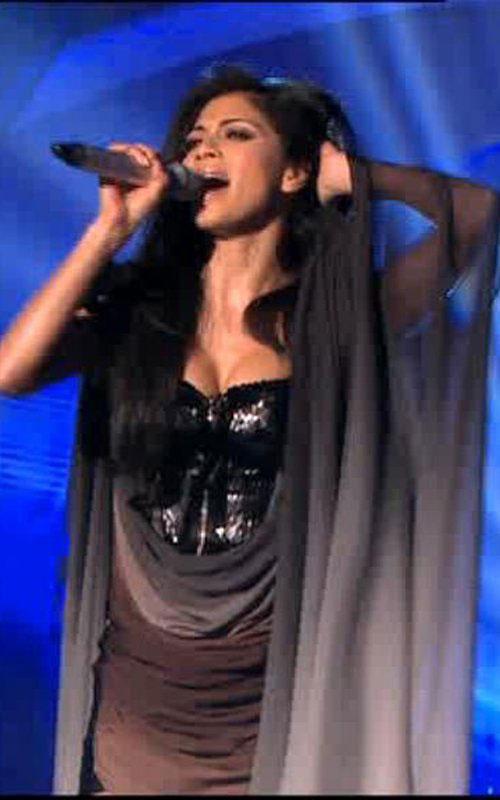 Nicole Scherzinger Amazing Dress Mike Pic