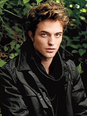 Robert Pattinson Hot Face Look