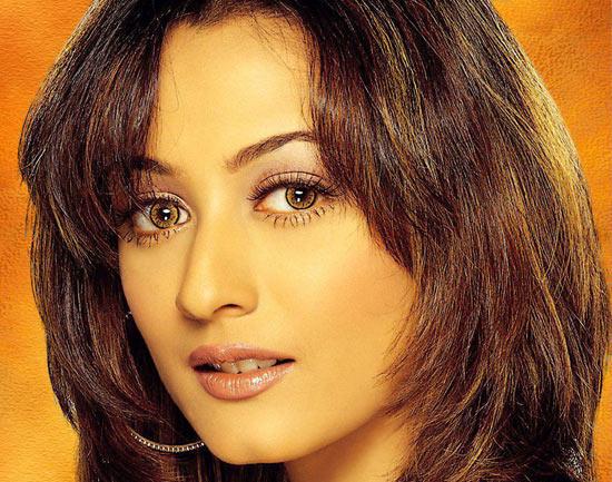 Namrata Shirodkar beautiful look