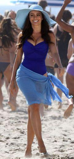 Sofia Vergara Cute Hot Still On The Beach