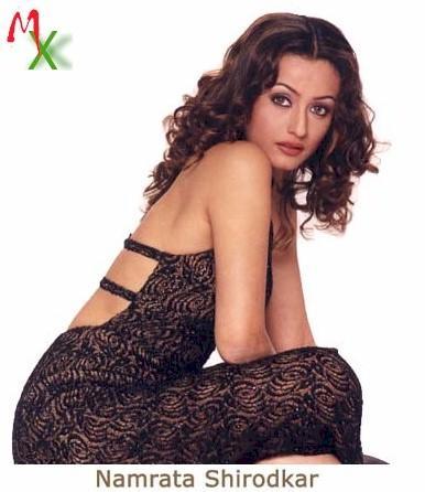 Spicy Namrata Shirodkar hot look