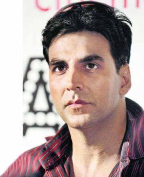 Action Hero Akshay Kumar Beauty Still