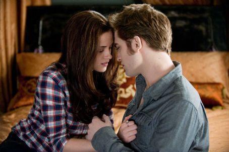 Kristen Stewart Twilight Movie Romance Still