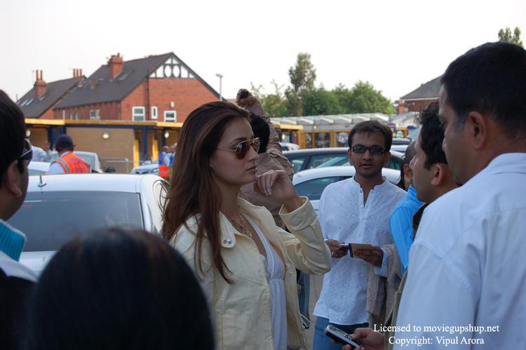 Lovely Diya Mirza Side Face Beauty Still