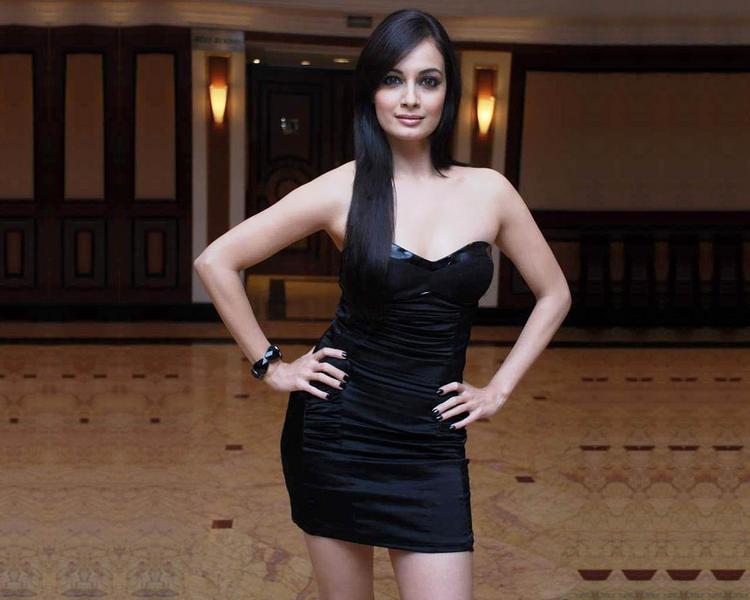 Diya Mirza Awesome Face Look