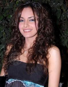 Shazahn Padamsee Curly Hair Style Photo Shoot