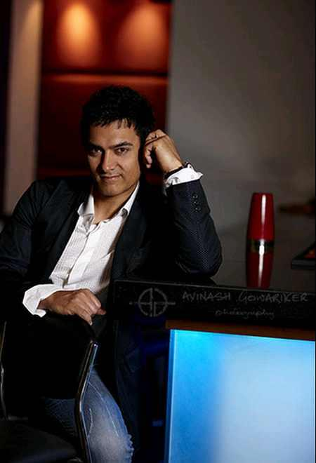 Aamir Khan Cute Hot Pose