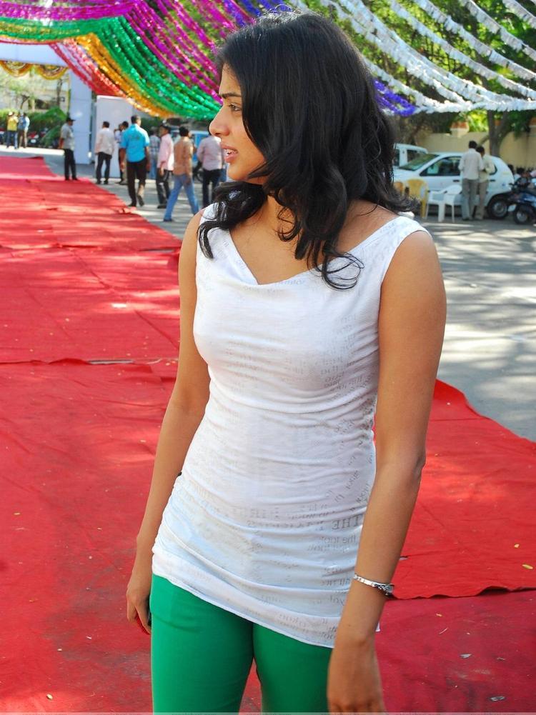 Priyamani at Sumanth Movie Launch