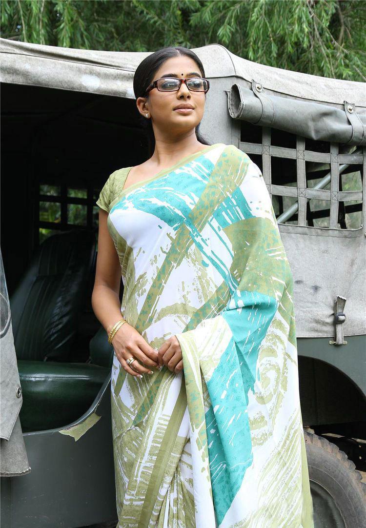 Priyamani In Saree Cute Acting Still