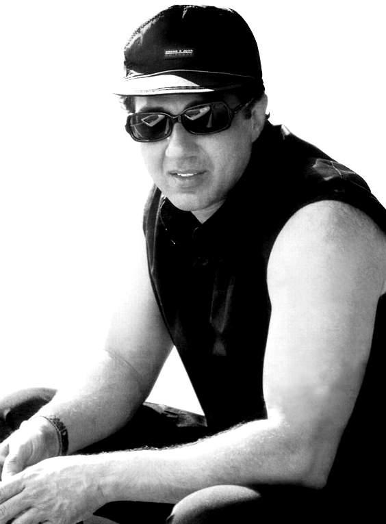 Sunny Deol Black and White Wallpaper