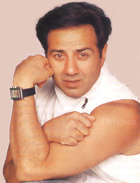 Sunny Deol Strong Arm Pic Wallpaper