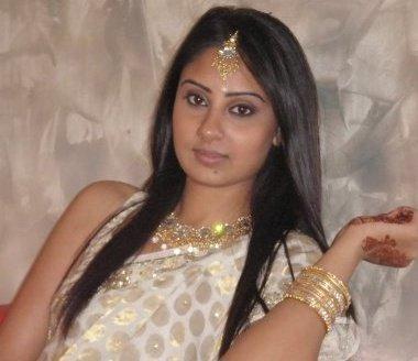 Bhanu Mehra Glamour Still In Saree