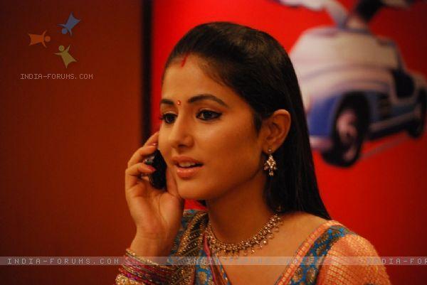 Hina Khan as akshara