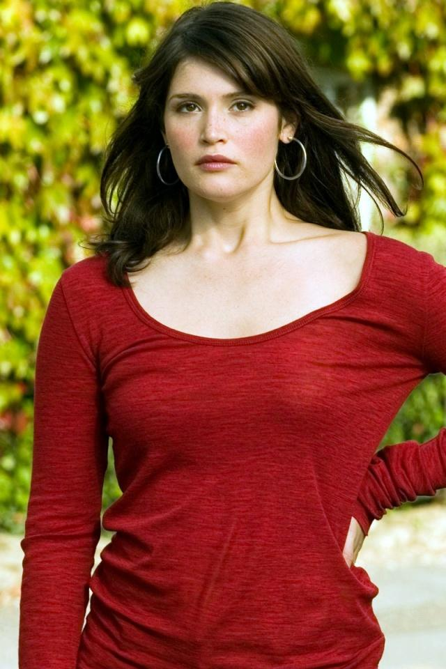 Gemma Arterton Red Color Glorious Photo