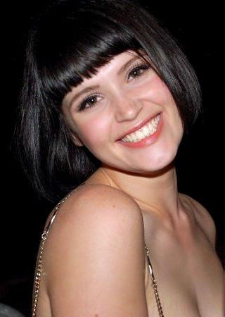Gemma Arterton Sweet Smile Pic