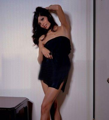 Freida Pinto Hot Sexy Photo Shoot
