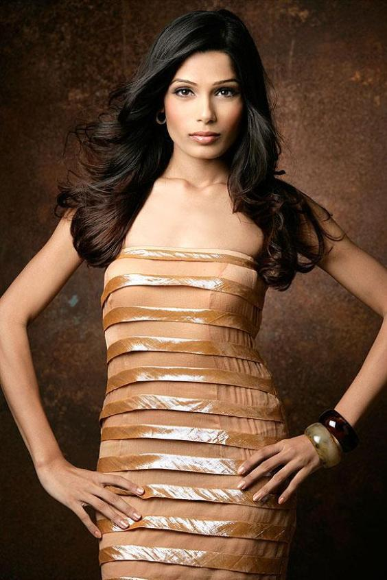 Freida Pinto Hottest Photo Shoot